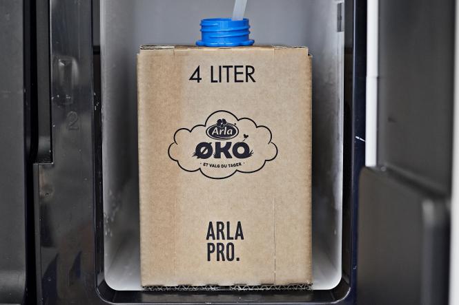 Byd dine medarbejdere på frisk mælk til kaffen med Arla ØKO